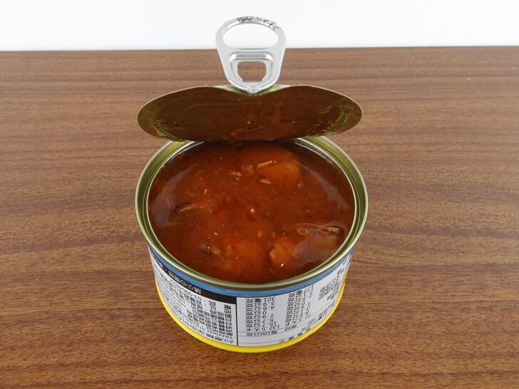 大家很熟悉的台糖蕃茄汁鯖魚罐頭黃罐