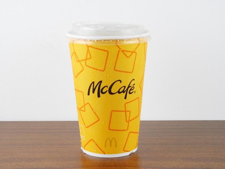 冰蜂蜜奶茶的杯子跟 MaCafe 是一樣的